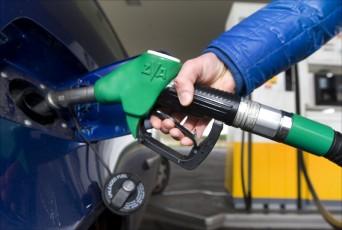 Lege benzinepompen door chauffeurstekort