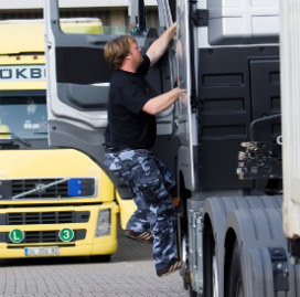 Vakbond beschuldigt Ikea van uitbuiting chauffeurs