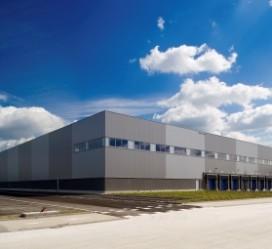 UPS bouwt dc voor high tech klanten