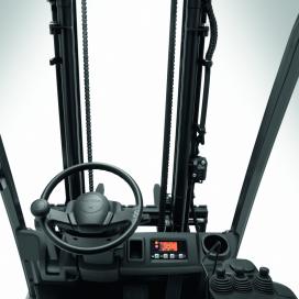 Nieuwe masten voor elektrische Toyota heftrucks