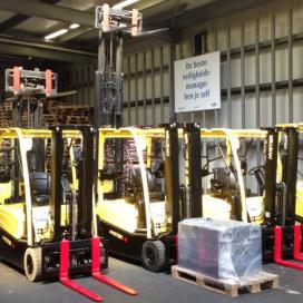 Producent diervoerders moderniseert heftruckvloot