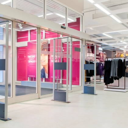 Duitse modeketen stapt over op RFID