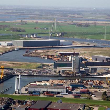 Zwolle, Kampen en Meppel beginnen havenbedrijf