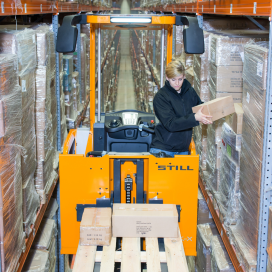 Still begint 2014 met nieuwe orderverzameltruck