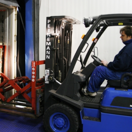 Peinemann neemt Total Lifttruck over