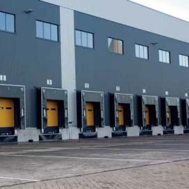 CBRE verkoopt drie distributiecentra aan Blackstone