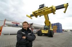 Euroterminal Coevorden schaft reachstacker aan