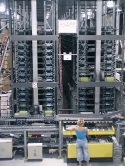 Knapp toont order storage & retrieval