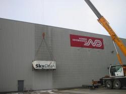 Nieuwe SkyClean-machine voor gevelonderhoud dc's