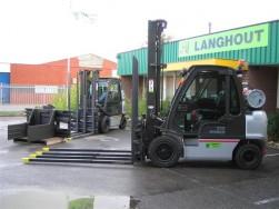 Langhout levert 5 aardgasheftrucks aan Huhtamaki