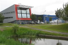 AMB neemt dc over op Schiphol