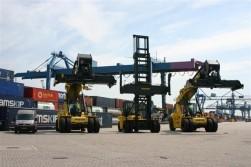 Rotterdam Short Sea Terminals schaft big trucks aan