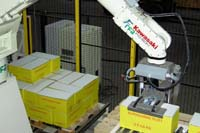 RFA introduceert sleutelklare compacte robotpalletisers