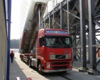 Drentse logistiek dienstverlener koopt oude NAVO-loodsen