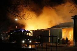 Brand in magazijn Van de Looy Transport