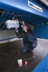 Crawford filtert hydrauliekolie van docklevelers