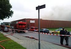 Grote brand in magazijn slijterij