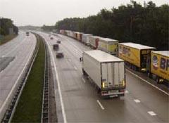 Zes transporteurs werken samen in Freightfactory