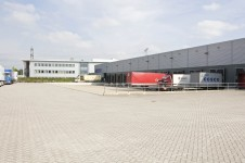 ING koopt logistieke panden van Goodman