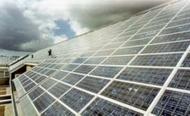 Rotra schaft zonnepanelen aan