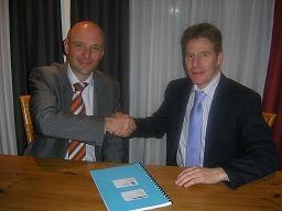 Van Riet neemt ULS Logistics Systems over