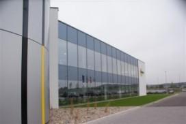 Interroll opent nieuwe rollenbaanfabriek