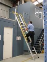 Verplaatsbare ladder voor entresols