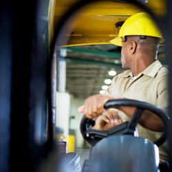 Vijf tips voor veilig heftruckrijden