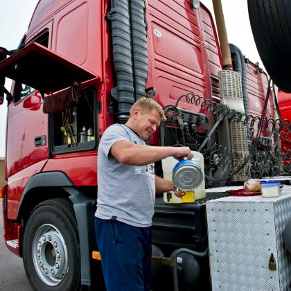 SER: 'Pak postbusconstructies in transport aan