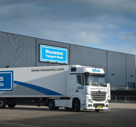 Nouwens Transport bouwt farma warehouse