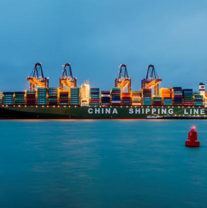 Overcapaciteit in containervaart: breek contract nu open