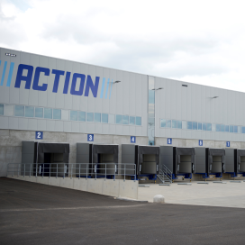 Action: 'Pas online als logistieke kosten dalen