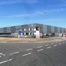 UPS breidt drie Europese mult-client dc's uit
