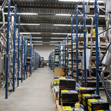 Nieuw geautomatiseerd magazijn voor Van der Peijl