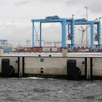 Maasvlakte 2 kan toevloed containers (nog) niet aan