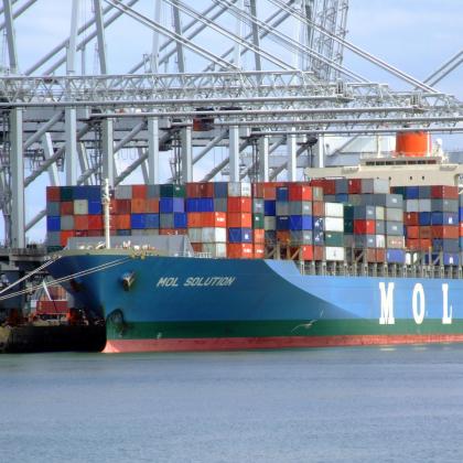 Portbase ziet rapportcijfer licht stijgen
