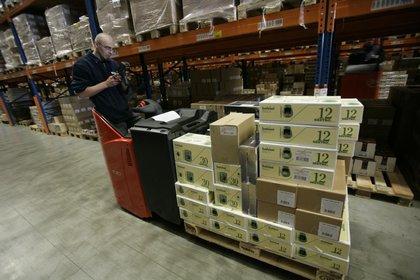 Attachment 002 logistiek image logref100419i02