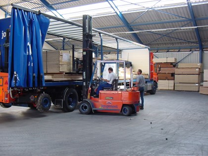 Attachment 002 logistiek image logref100810i02