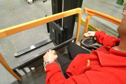 Attachment 003 logistiek image logref100402i03