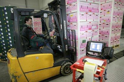 Attachment 004 logistiek image logref100433i04
