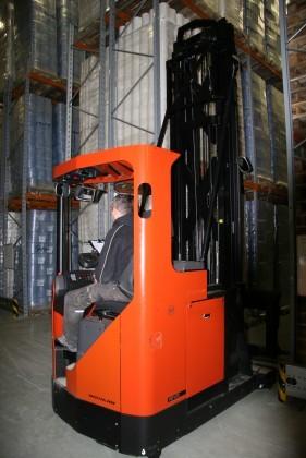 Attachment 004 logistiek image logref100643i04 281x420