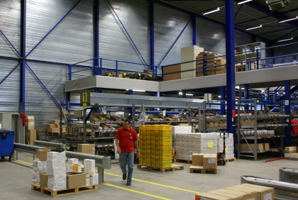 Attachment 004 logistiek image logref100772i04