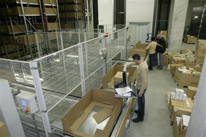 Attachment 005 logistiek image logdos100891i05