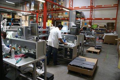 Attachment 006 logistiek image logdos100979i06
