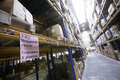 Attachment 006 logistiek image logref100474i06