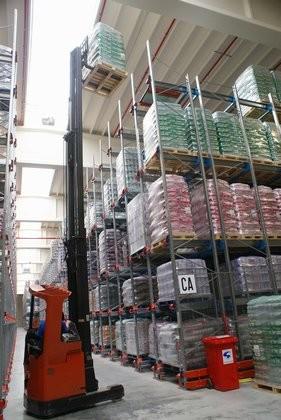 Attachment 007 logistiek image lognws104913i07 281x420