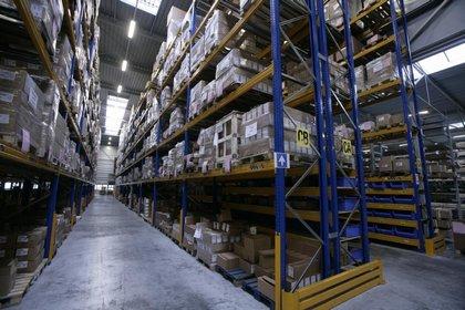 Attachment 007 logistiek image logref100474i07