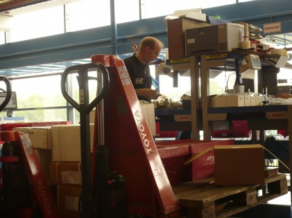 Attachment 007 logistiek image logref100693i07