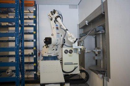 Attachment 008 logistiek image logdos111577i08