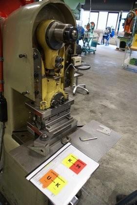 Attachment 009 logistiek image logref100442i09 281x420